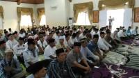 rombongan Pemrov Jambi bersama SKPD Tanjab Timur saat berbuka puasa bersama di rumdis Bupati