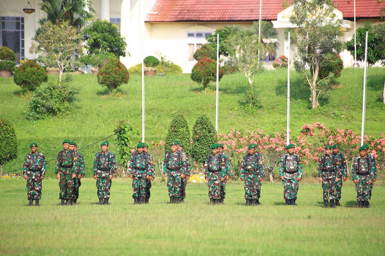 Personil TNI juga ikut dalam Upacara Harkitnas